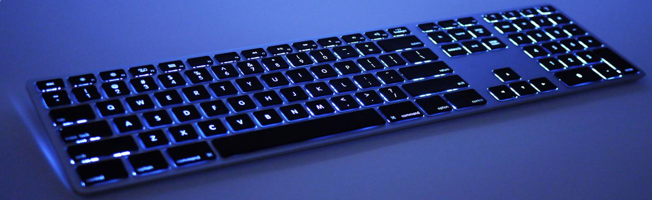 Wireless Gaming Keyboard with Backlights